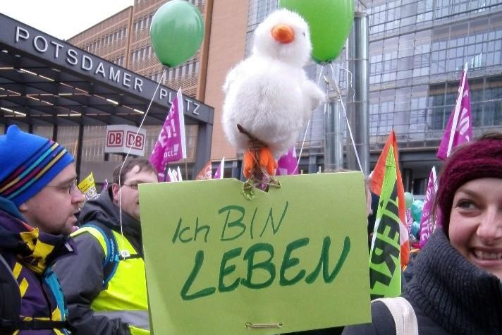 Wir haben es satt 2016 in Berlin - Kreativer Protest zur Massentierhaltung