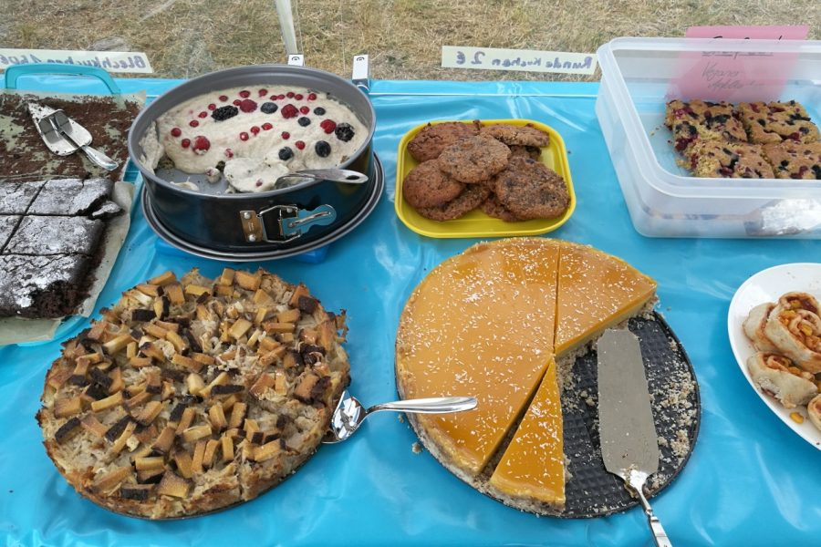 Verschiedene süße und herzhafte Kuchen